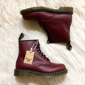 [Dr. Martens]] Original 1460 Cherry Red - W10 / M9